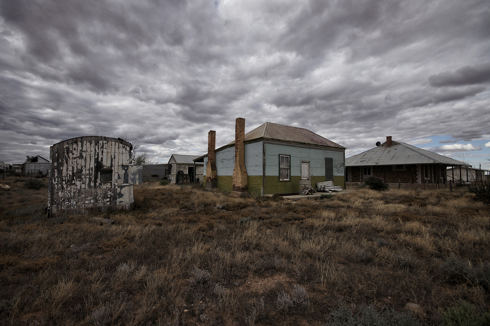 Kieran Rae Borderwalk Australia Outback Abandoned Derelict