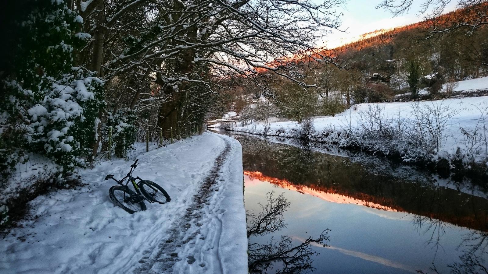 Kieran Rae Llangollen Trevor Canal Wales Snow Sunrise