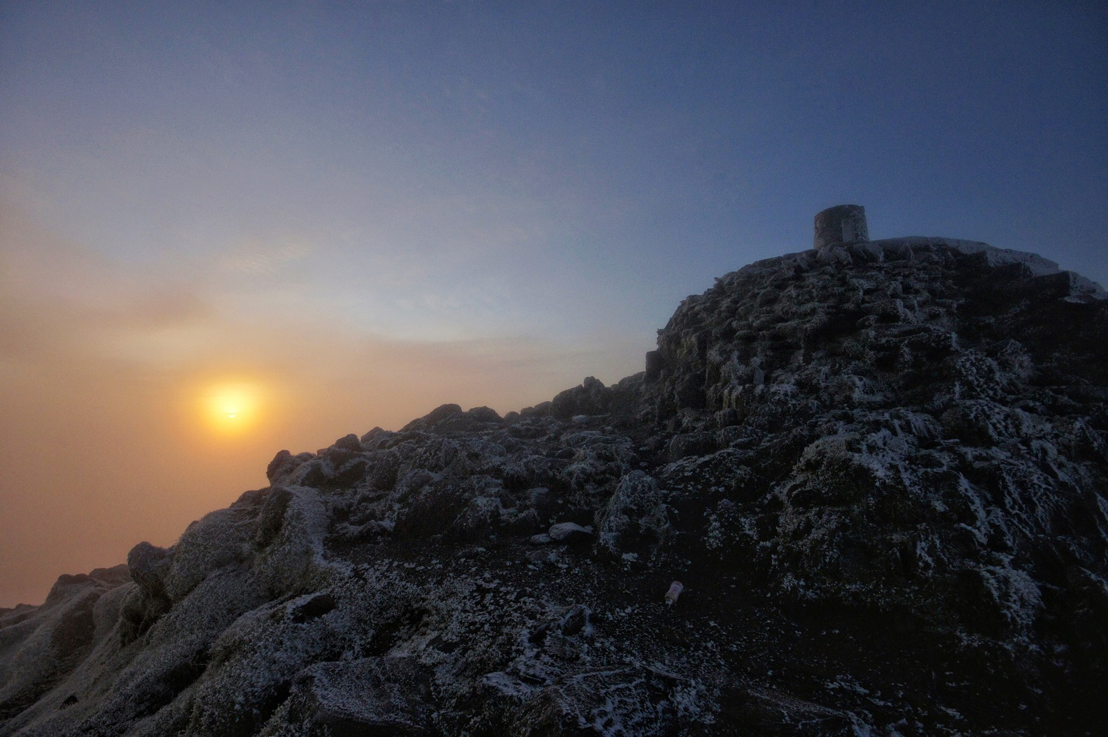 Kieran Rae Snowdon Snowdonia Wales Summit Sunrise